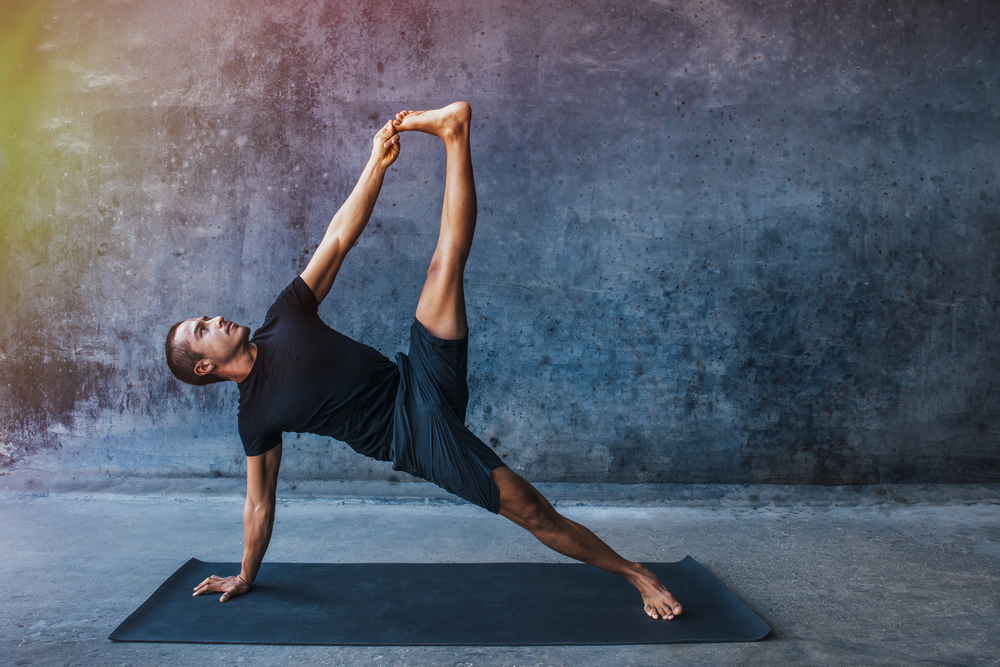 The 5 Reasons Why Men Need To Start Doing Yoga - Intelli Fit